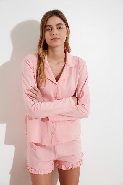TRENDYOLMİLLA Pudra Fırfır Detaylı Örme Pijama Takımı THMAW21PT0138