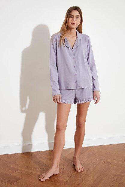 TRENDYOLMİLLA Lila Fırfır Detaylı Örme Pijama Takımı THMAW21PT0138