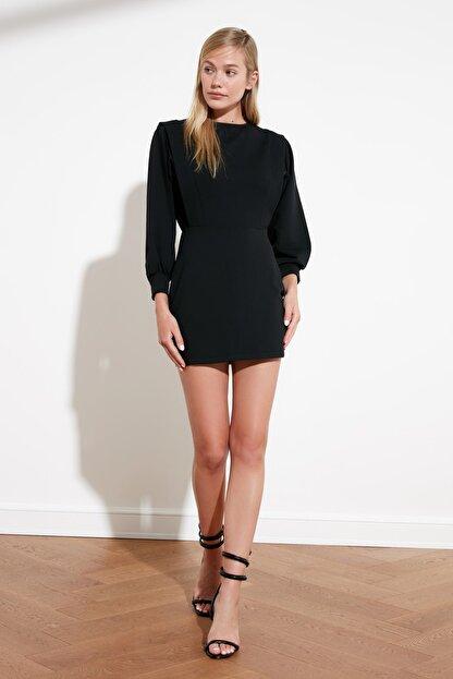 TRENDYOLMİLLA Siyah Sırt Bağlamalı Örme Elbise TWOSS21EL0484