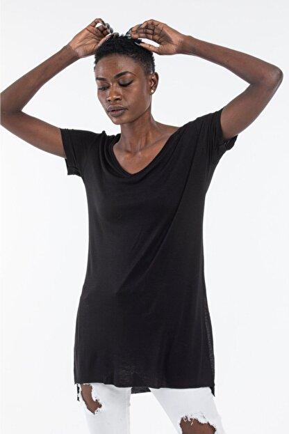 The Base Kadın Siyah V Yaka Yarım Kol Yırtmaçlı Basic Salaş TShirt