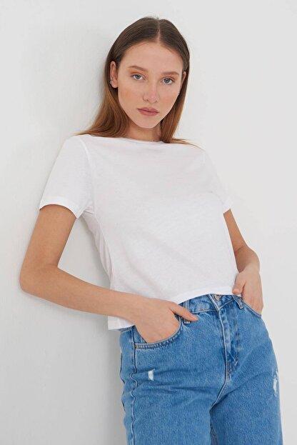 Addax Kadın Beyaz Kısa Kollu Basic T-Shirt P0750 - X3 Adx-0000020815