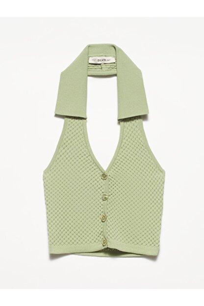 Dilvin Kadın Yeşil V Yaka Arkası Açık Polo Yaka Yelek