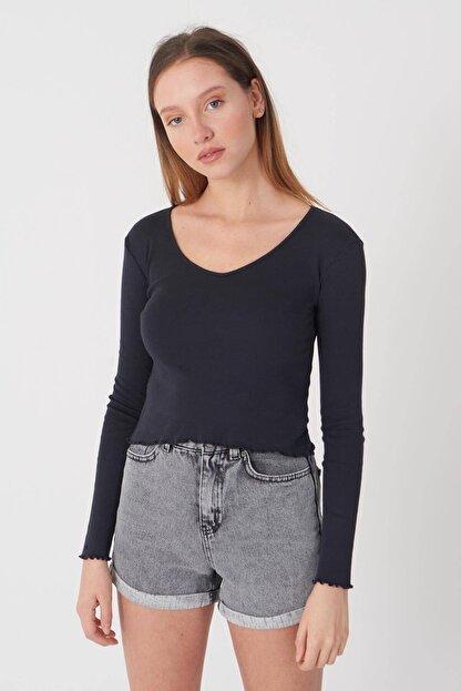 Addax Kadın Antrasit V Yaka Bluz P1085 - E11 Adx-0000023312