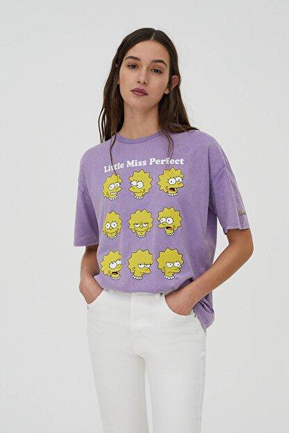 Pull & Bear Kadın Mor Lisa Simpson Görselli T-Shirt 04240372