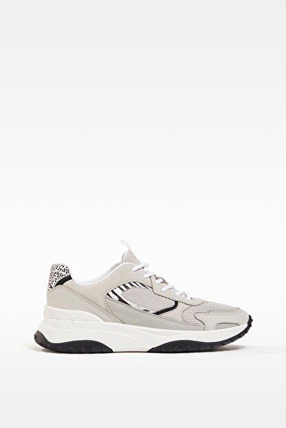 Bershka Kadın Kontrast Desenli Fileli Spor Ayakkabı