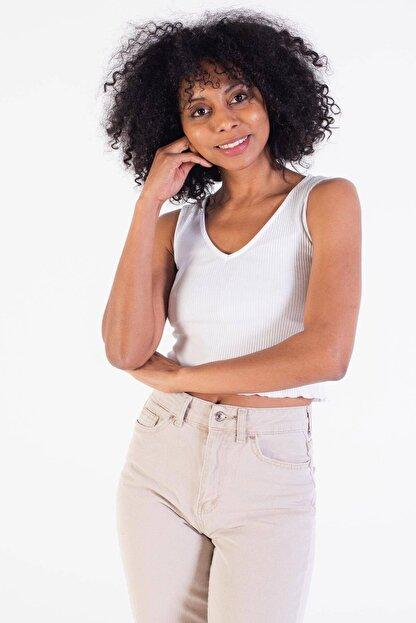 Addax Kadın Beyaz V Yaka Kolsuz Bluz B0799 - S6 ADX-0000021183