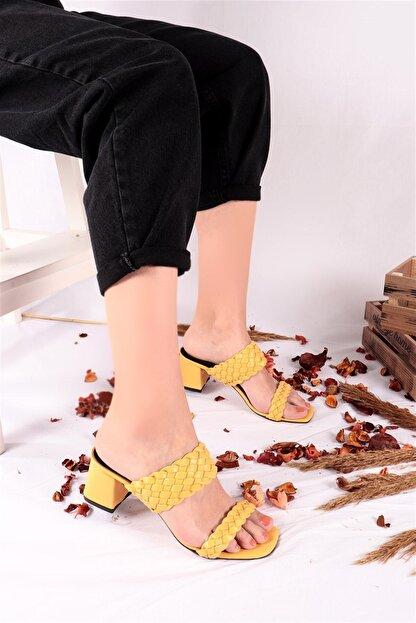 Ayakkabım Elimde Kadın Sarı Odin Örgülü Sarı Topuklu Terlik
