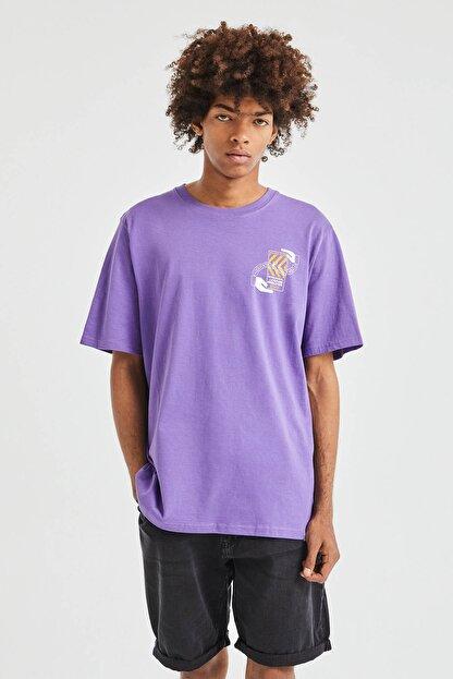 Pull & Bear Erkek Koyu Mor 3D Küp Desenli T-Shirt 09247566