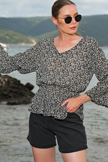 Trend Alaçatı Stili Kadın Siyah V Yaka Desenli Şifon Bluz ALC-020-029-VK-RW1