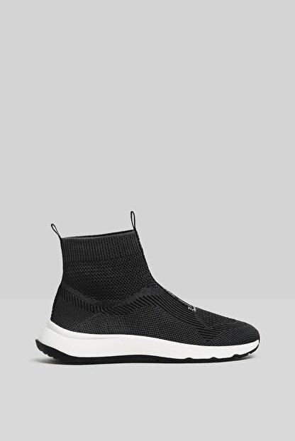 Bershka Kadın Siyah Çorap Model Örgü Yüksek Bilekli Spor Ayakkabı 11510760