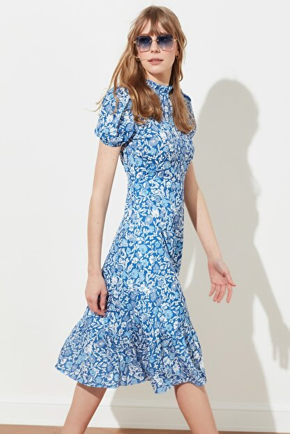 TRENDYOLMİLLA Çok Renkli Desenli Elbise TWOSS20EL0894