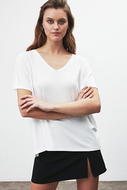 GRIMELANGE Vıolet Kadın Beyaz Comfort Fit V Yaka Kısa Kollu T-shirt