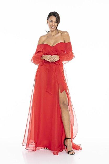 Abiye Sarayı Kadın Kırmızı Kayık Yaka Yırtmaç Ve Kemer Detaylı Tül Uzun Abiye Elbise