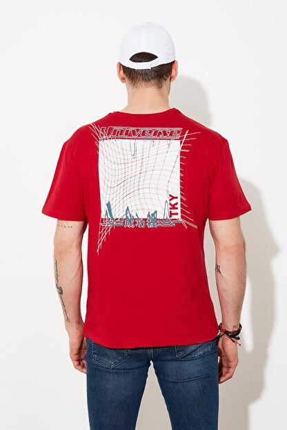 TRENDYOL MAN Kırmızı Baskılı Bisiklet Yaka T-Shirt TMNSS20TS0638