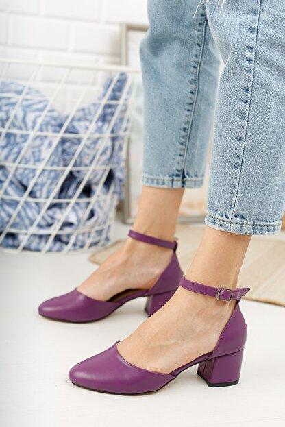 MERVE BAŞ Mor Cilt Bilekten Tek Bant Kalın Topuklu Klasik Ayakkabı