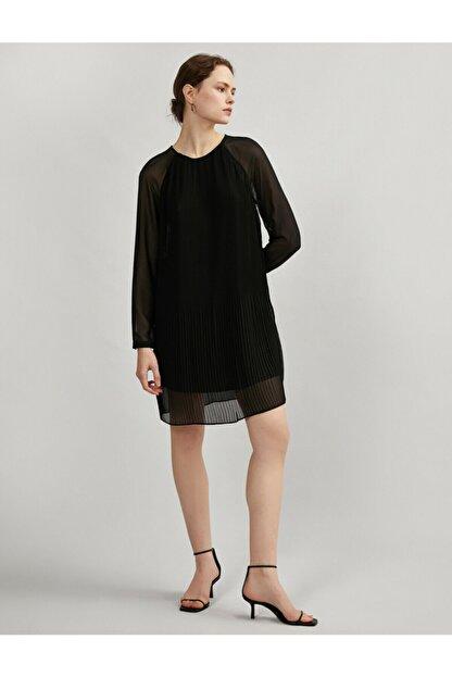 Koton Kadın Siyah Tül Pileli Uzun Kollu Elbise