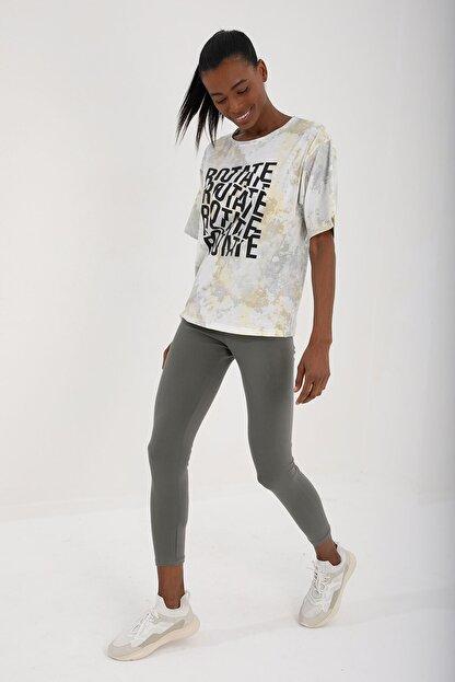 Tommy Life Sarı Kadın Yazı Baskılı Batik Desenli Oversize O Yaka T-shirt - 97126