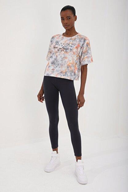 Tommy Life Turuncu Kadın Yazı Baskılı Karışık Batik Desenli Oversize O Yaka T-shirt - 97129