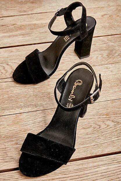 Bambi Kadın Siyah Süet Klasik Topuklu Ayakkabı K05503740072