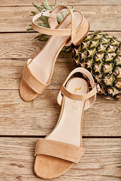 Bambi Pudra Kadın Klasik Topuklu Ayakkabı K05503740009