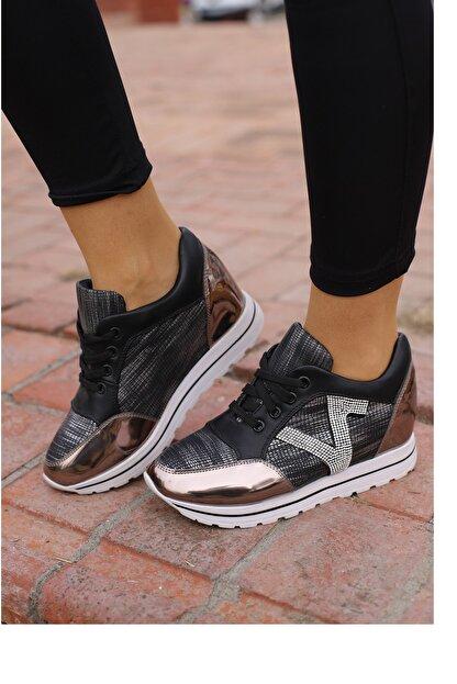 Guja Kadın Siyah Yuksek Taban Spor Ayakkabı