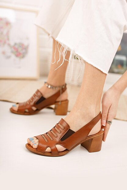 Diego Carlotti Kadın Kahverengi Hakiki Deri Topuklu Sandalet