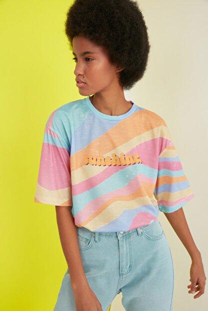 TRENDYOLMİLLA Çok Renkli Loose Örme T-Shirt TWOSS21TS0910