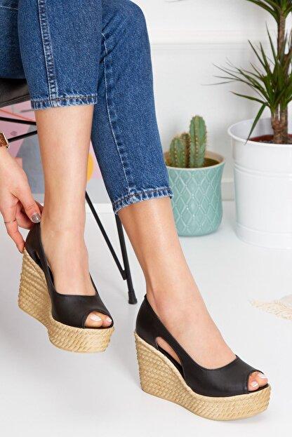 derithy Kadın Siyah Older Dolgu Topuklu Ayakkabı lzt0536