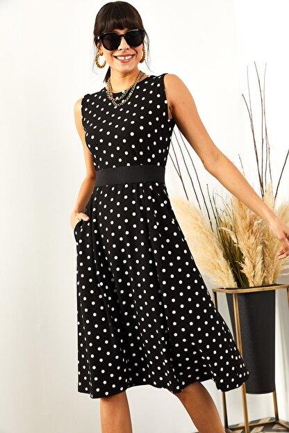 Olalook Kadın Siyah Puantiyeli Cepli  Kloş Elbise ELB-19000480