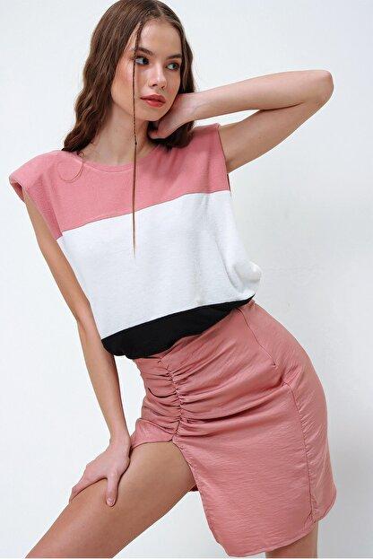 Trend Alaçatı Stili Kadın Gül Kurusu Vatkalı Üç Bloklu Yumuşak Dokulu Bluz ALC-X5977