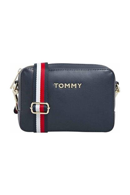 Tommy Hilfiger Kadın Mavi Omuz Çantası Iconıc Tommy Camera Bag AW0AW08608