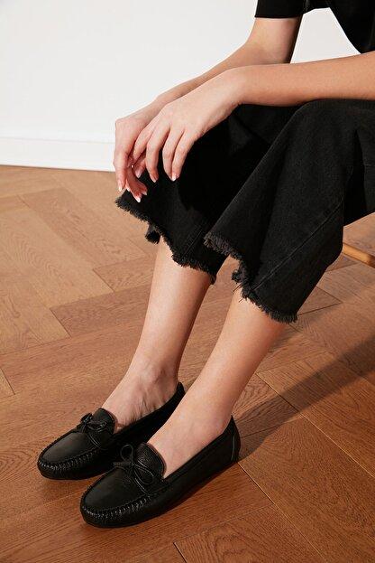 TRENDYOLMİLLA Siyah Fiyonklu Kadın Loafer Ayakkabı TAKSS21LO0004
