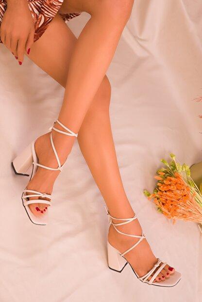 Soho Exclusive Bej Kadın Klasik Topuklu Ayakkabı 16175