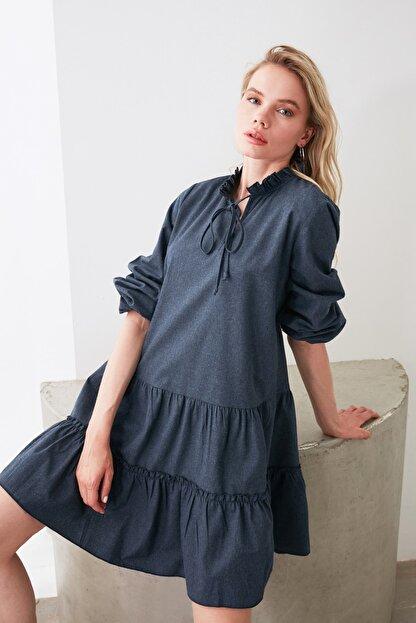 TRENDYOLMİLLA Lacivert Geniş Kesim Fırfırlı Elbise TWOAW20EL1506