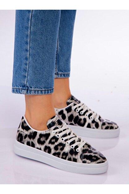 ayakkabıhavuzu Kadın Siyah Leopar Desenli Spor Ayakkabı