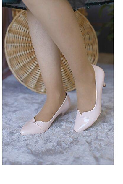 PUNTO Kadın Pudra Rugan Fındık Topuklu Ayakkabı