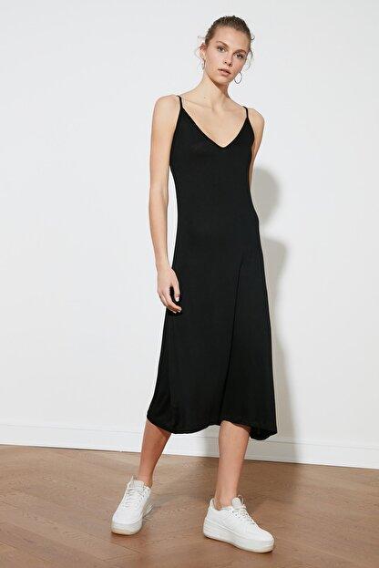 TRENDYOLMİLLA Siyah Askılı Örme Elbise TWOSS19VG0313