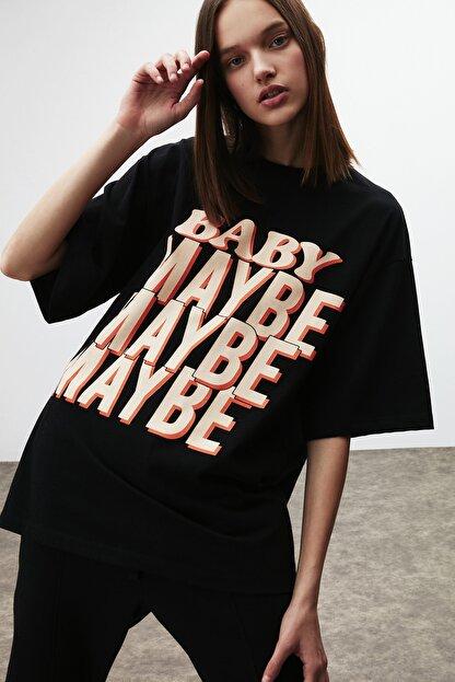 GRIMELANGE Maybe Kadın Siyah Baskılı Oversize T-shirt