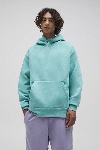 Pull & Bear Erkek Açık Yeşil Basic Comfort Fit Kapüşonlu Sweatshirt 09594913