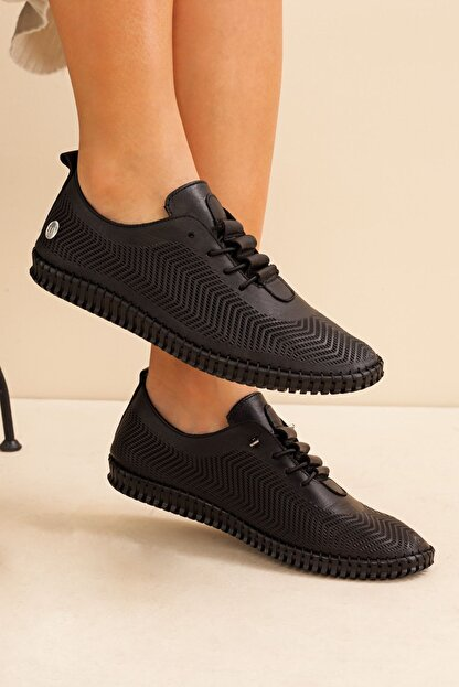 Mammamia Kadın Hakiki Deri Siyah Ayakkabı • A212ydyl0021