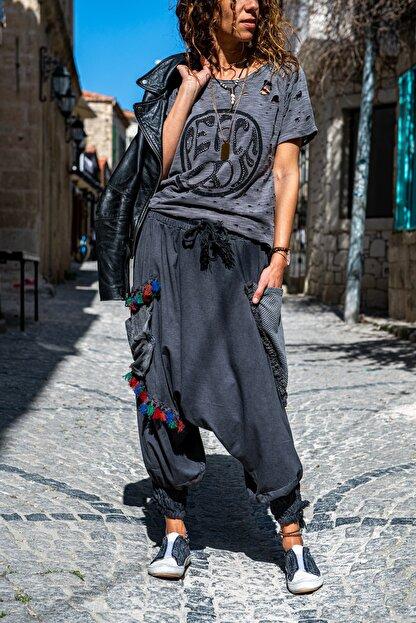 Güneşkızı Kadın Antrasit Yıkamalı Paçası Bağlamalı Püsküllü Salaş Şalvar Pantolon GK-RSD2032