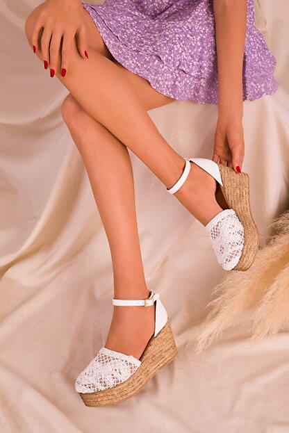Soho Exclusive Beyaz Kadın Dolgu Topuklu Ayakkabı 16041
