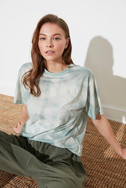 TRENDYOLMİLLA Mint Batik Boyfriend Örme T-Shirt TWOSS21TS2337