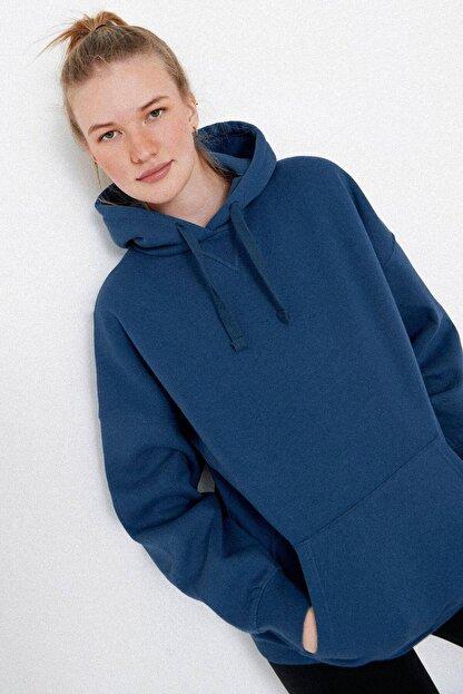 Addax Kadın İndigo Kapüşonlu Sweatshirt S0519 - P10V1 Adx-0000014040