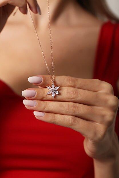 Forenza Silver Kadın Rose 925 Ayar Gümüş  Milk Taşlı Papatya Kolye