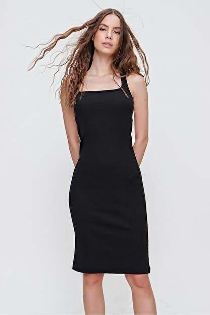 Trend Alaçatı Stili Kadın Siyah Sırtı Çapraz Bantlı Fitilli Elbise ALC-X6166