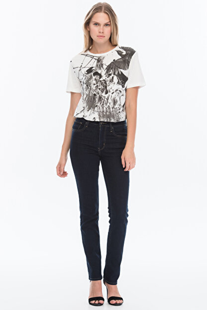 Levi's Kadın 724 High Rise Straight Jean 18883-0022