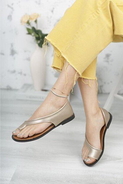 Moda Frato Kadın Altın Rengi Parmak Arası Sandalet Pwr-33