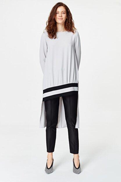 Mizalle Kadın Gri Şerit Detaylı Arkası Uzun Tunik Elbise 19YGMZL1014006