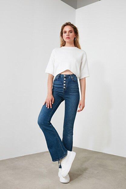 TRENDYOLMİLLA Mavi Önden Düğmeli Yüksek Bel Flare Jeans TWOSS20JE0111